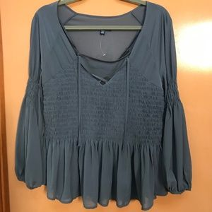 NWOT AEO Chiffon Tie front Bell Sleeve Peasant top